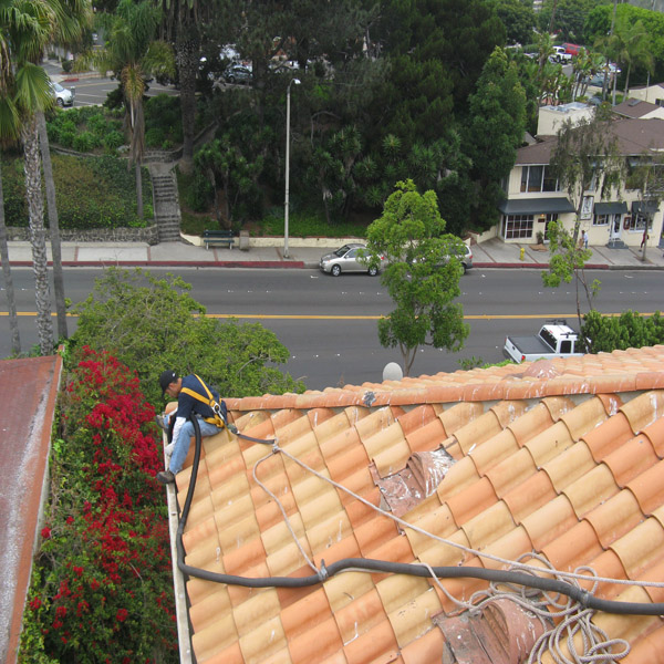 Rain Gutter Cleaning Commerical Properties